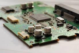 Alcool izopropilic - curatare circuite electrice