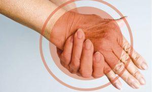 Manusile latex protejeaza mainile